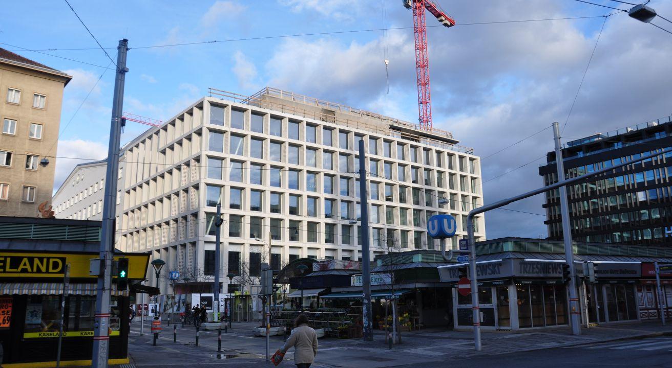 Büro- und Geschäftsgebäude POST AM ROCHUS, Wien